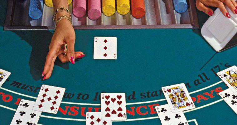Blackjack : un jeu plus vrai que nature